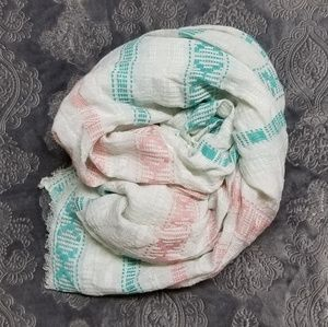 Old Navy Accessories - LONG pastel Blue and Pink Old Navy scarf